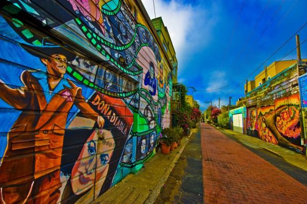 Vecindario latino en el Distrito de la Mission, en San Francisco, California. Foto: http://latinbayarea.com.