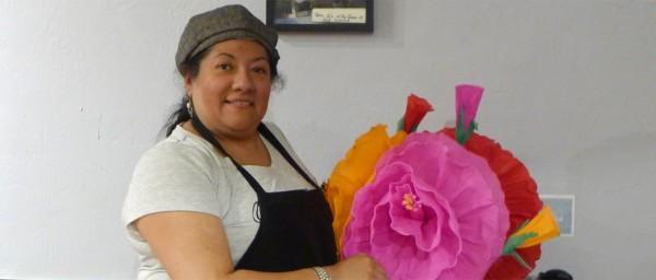 Gaby Lozano, co-propietaria de L's Café, en el Distrito de La Misión en San Francisco. Foto: cortesía de Calle 24 Latino Cultural District.