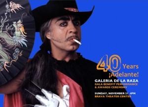 En la conmemoración de los 40 años de existencia de la Galería Raza se presentó el poeta, dramaturgo y performancero chilango-chicano, Guillermo Gómez-Peña. Foto: Galería de la Raza.