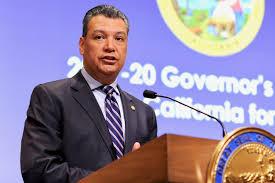 Secretario de Estado de California y presidente de la Comisión Nacional Latina del Censo 2020, Alex Padilla. Foto: California Globe.