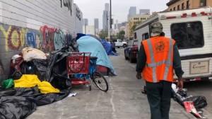 El número de personas sin hogar en Estados Unidos está aumentando por primera vez en años. Un pasaje de la ciudad de Los Ángeles, CA, donde los homeless han hecho sus hogar. ¿Qué hay detrás del aumento? Foto: Spectrum News.