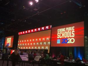 El lema del foro fue Escuelas Públicas Sólidas.