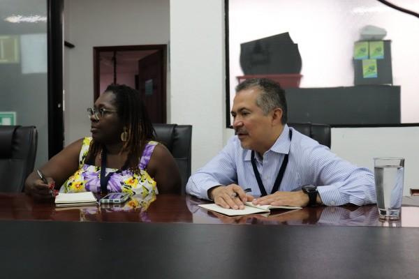 Oscar Chacón Director de Alianza Américas en una reunión de la Fiscalía de Derechos Humanos en Guatemala. Foto: Cortesía de Alianza Américas/Facebook.