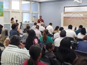 Al frente de esta mesa de trabajo el licenciado Saúl Vicente Vázquez, Director de Asuntos Internacionales del INPI, fue el maestro de ceremonias del evento.