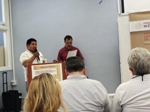 Porfirio Hernández, del Triqui, de Madera, se dirige a los presentes al inicio del foro.