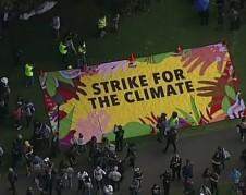Estudiantes de Nueva York faltan a clases para asistir a la Huelga Global por el Cambio Climático. Foto: www. abc7ny.com.