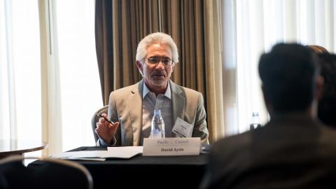 El Doctor David R. Ayón es principal estratega y asesor de Latino Decisions. También es miembro del Centro para el Estudio de Los Ángeles en la Universidad Loyola Marymount. Foto: Cortesía de Latino Decisions.
