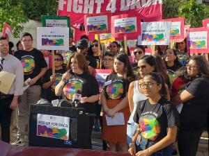 Angélica Salas, Directora Ejecutiva de CHIRLA anuncia la campaña Home Is Hear.