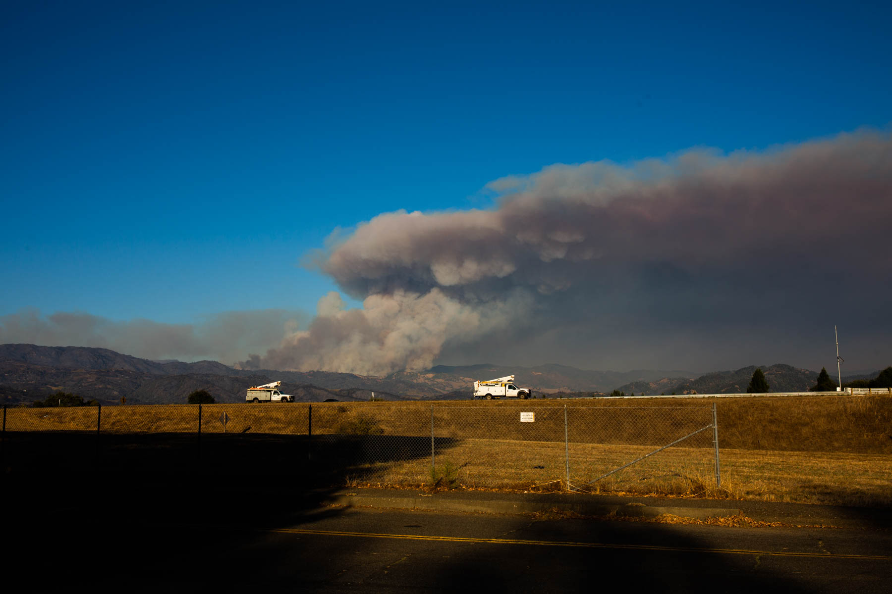 As of Sunday, more than 3,000 firefighters were battling the explosive Kincade Fire, and a broad swath of Sonoma County, from mountain to coast, was under evacuation orders.(Anna Maria Barry-Jester/California Healthline)