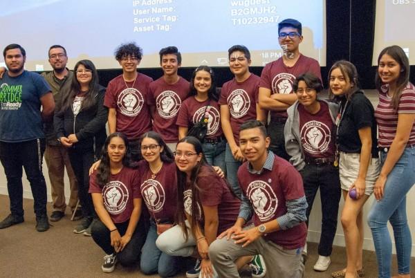 Pomona Students Union, proyecto juvenil de Gente Organizada (https://www.genteorganizada.org/).