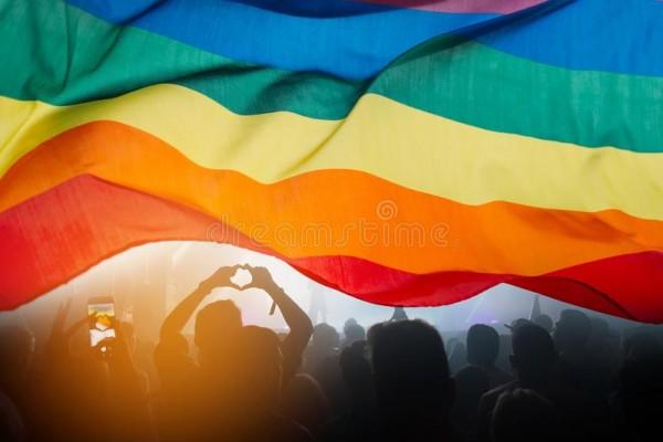 La comunidad LGBTQ + saluda la decisión del Suprema Corte. Foto: Dreamstimes.