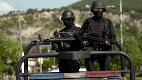 Las armas de Estados Unidos arman a los carteles de México. Foto: Al Jazeera.