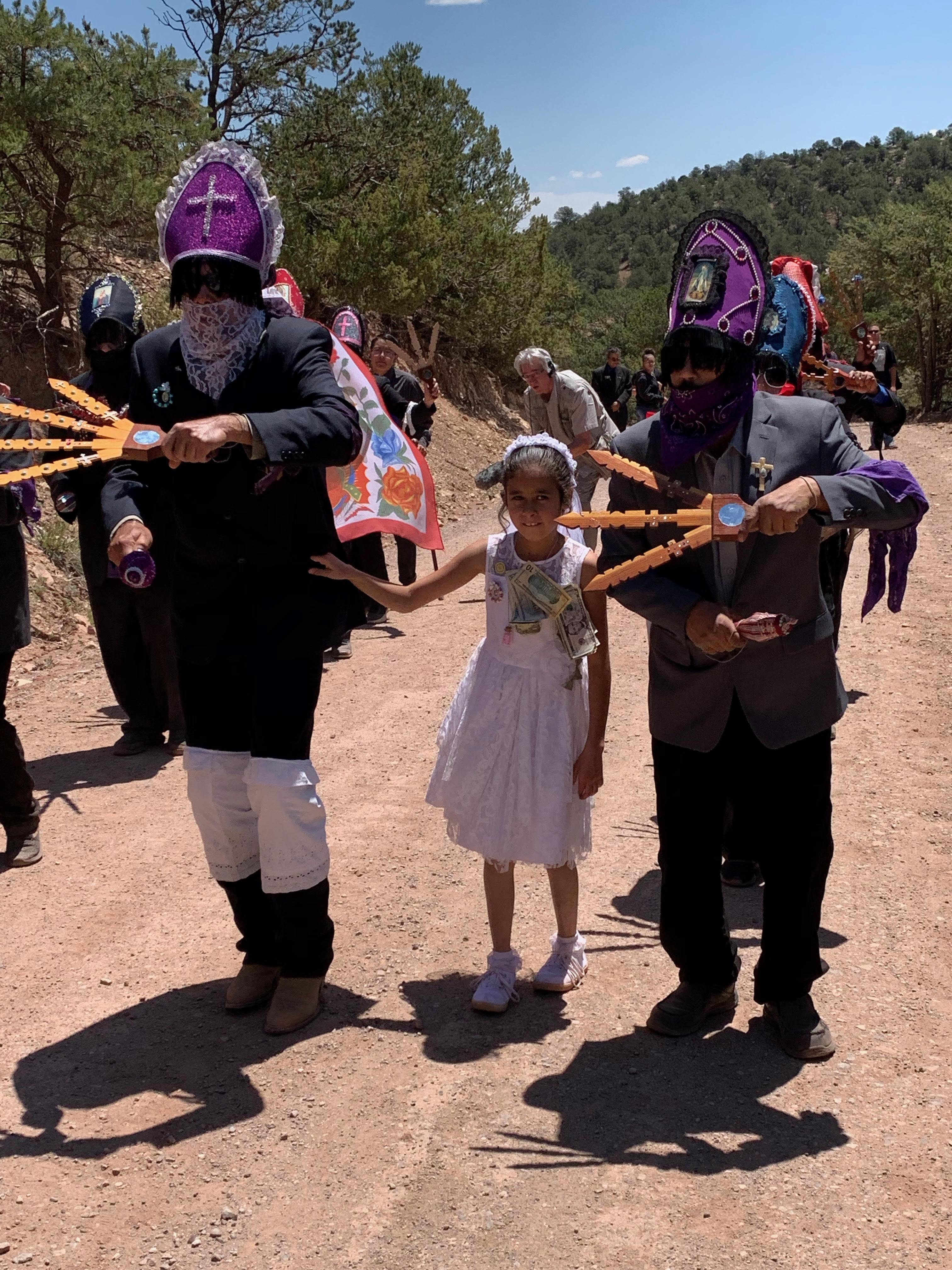 procesion  : Enrique Lamadrid.