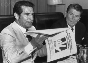 El dictador guatemalteco Efraín Ríos Montt y el presidente Ronald Reagan se reunieron el 4 de diciembre de 1982. Foto: http://peacehistory-usfp.org.