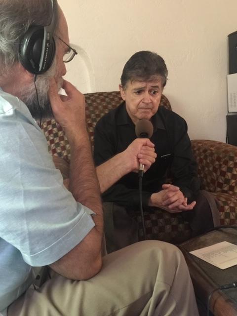 Entrevistando a Lorenzo Martínez en Albuquerque. Foto: Daniel Sheehy.