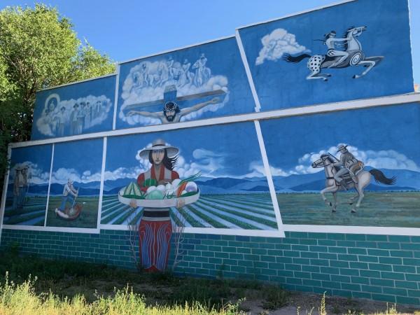 Mural de Carlos Sandoval, sobre San Luis, Colorado.