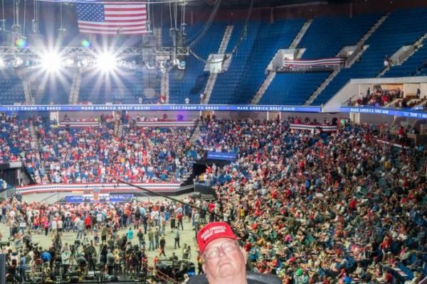 Un vistazo a la arena donde tuvo este sábado su mitin Trump, en Tulsa, Oklahoma. Foto: https://politicsoutdoors.com/.