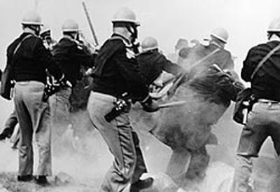 Bloody Sunday. Brutalidad Policial en Estados Unidos, 1965. Foto: Wikipedia.
