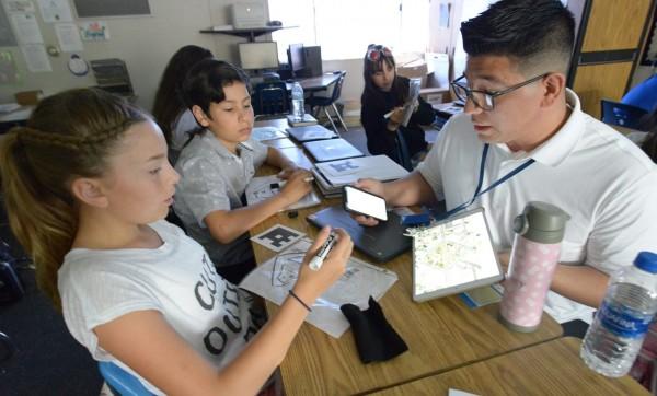 California no puede abrir los alones de clases a menos que estén seguros para la salud de los alumnos. Foto: https://www.cta.org.