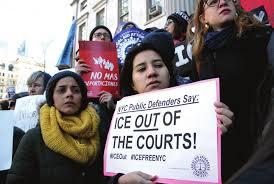 Protestan cntra ICE en las calles de Nueva York. foto: Immigrants Defense Project.