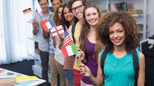 Estudiantes extranjeros en universidades de EE UU. Foto: http://www.kickvick.com.