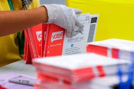 El voto por correo es seguro pero la campaña desinformativa de Trump ha infundido confusión y desconfianza en el proceso. Foto: https://www.snopes.com.