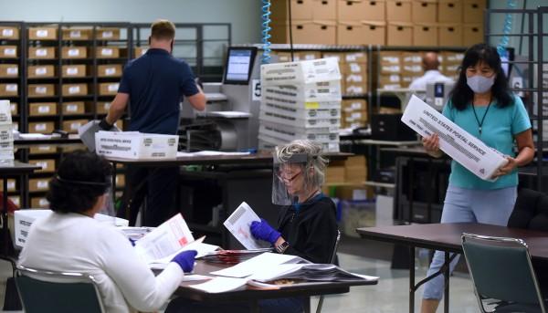 El conteo de los votos durará horas tal vez días todavía. Foto: https://www.brennancenter.org.