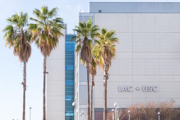 Centro Médico del Condado de Los Ángeles+USC (LAC+USC).