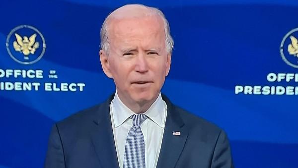 El flamante presidente Joe Biden, que el próximo miércoles toma posesión, en un discurso televisado en cadena nacional condenó la asonada instigada por Trump de insurrección sediciosa. En otras palabras, de traición a la democracia y al país.