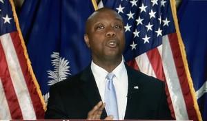 En su respuesta al discurso del presidente Biden, el senador afroestadunidense de Carolina del Sur, Tim Scott, desestimó los propósitos de la agenda presidencial.