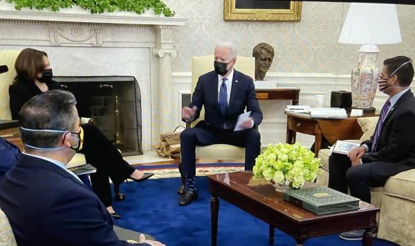 El presidente Joe Biden y la vicepresidenta, Kamala Harris en reunión de trabajo con republicanos en la Casa Blanca.