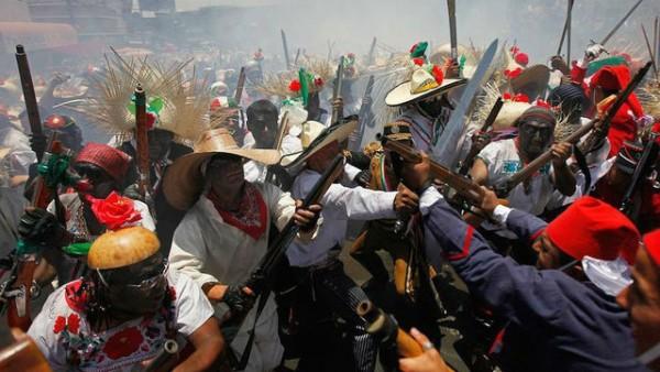 Representación de la Batalla de Puebla el Cinco de Mayo. Foto: https://www.kgun9.com.