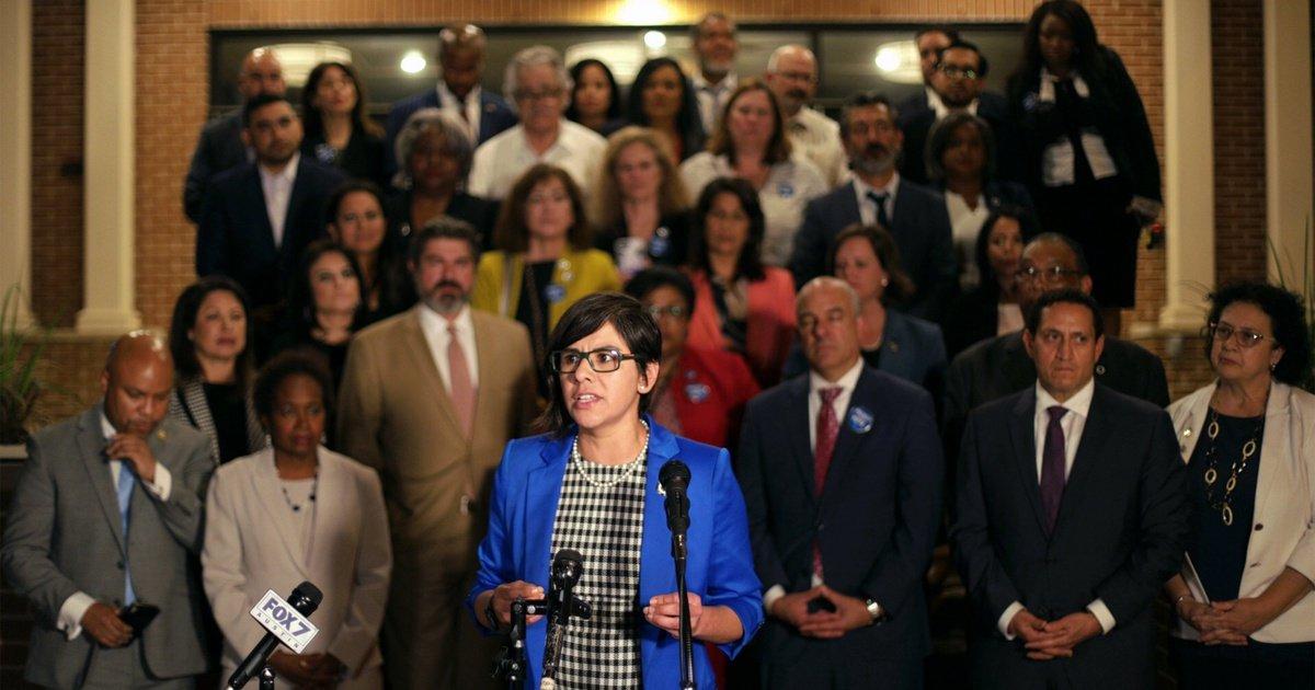 Legisladores texanos derrotaron parcialmente a su contraparte republicana que intentaba pasar una ley de supresión del voto. Foto: Texastiribuen.org