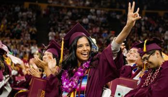La Universidad Estatal de Arizona (ASU) reconoce el esfuerzo de los estudiantes  latinos. Foto: https://alumni.asu.edu.