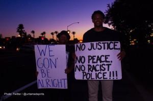 Latinos en Fresno protestan contra la brutalidad policial y el racismo. Foto: https://www.aclunc.org.