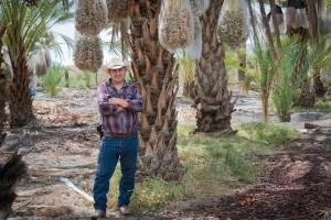 Aguileo Rangel Rojas, originario de Guanajuato, México, es un trabajador agrícola en Coachella desde 2004. Foto: Heidi de Marco / KHN
